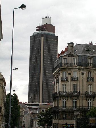 http://petitsethi.free.fr/nantes/photos/nantes_tour_bretagne_040703_48.JPG